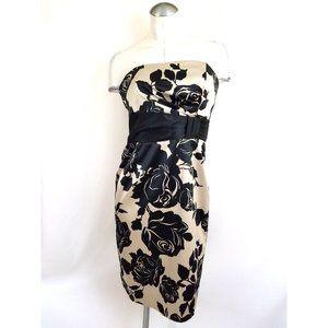 White House Black Market Size 4 Strapless Dress